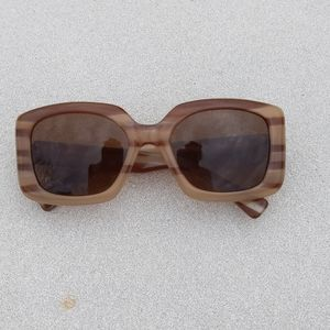 Vintage Isaac Mizrahi Blonde/Brown Square Sunglas